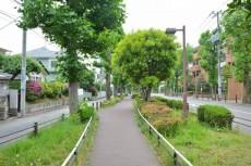 東高PAIR CITY 遊歩道