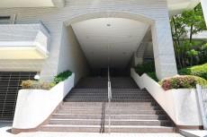 パレス池田山 階段