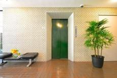 パレス池田山 エレベーター