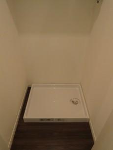 廊下には洗濯機置き場