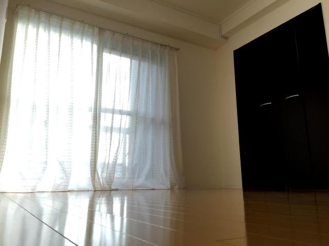 東中野マンション 洋室約6.4帖