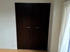 東中野マンション 洋室約4.8帖収納