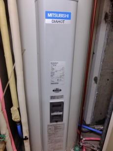 パレロワイヤル六番館 電気温水器