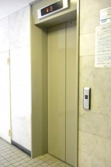 目黒サンケイハウス エレベーター