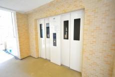 グランシティワンダーマークス エレベーターホール