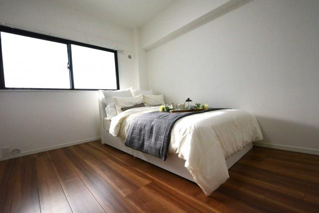 グランドメゾン池袋一番館902 ベッド