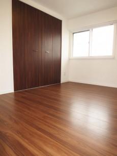 下落合グリーンパーク 約5.5帖の洋室