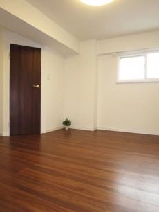 下落合グリーンパーク 約7.0帖の洋室