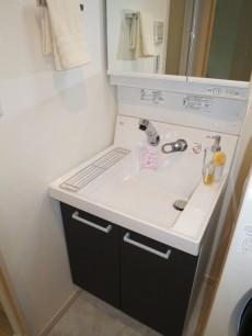 朝日落合マンション 使い勝手良さそうな洗面化粧台