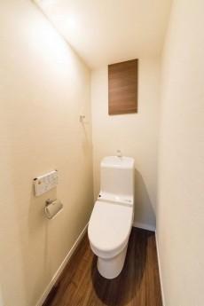 ニューウェルハイツ第2自由ヶ丘 トイレ