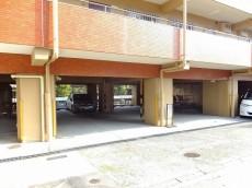 ライオンズマンション護国寺 駐車場
