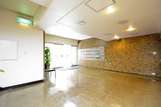 ボーン赤坂 エントランスホール