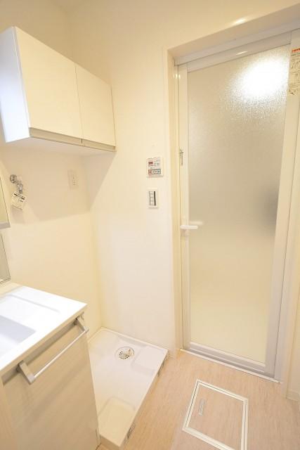 スカイプラザ赤坂 洗面室