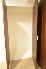 ヴァンヴェール南平台 8.17帖のベッドルーム 収納