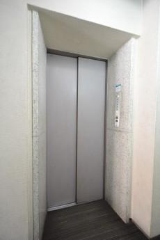 メゾンベール成城 エレベーター