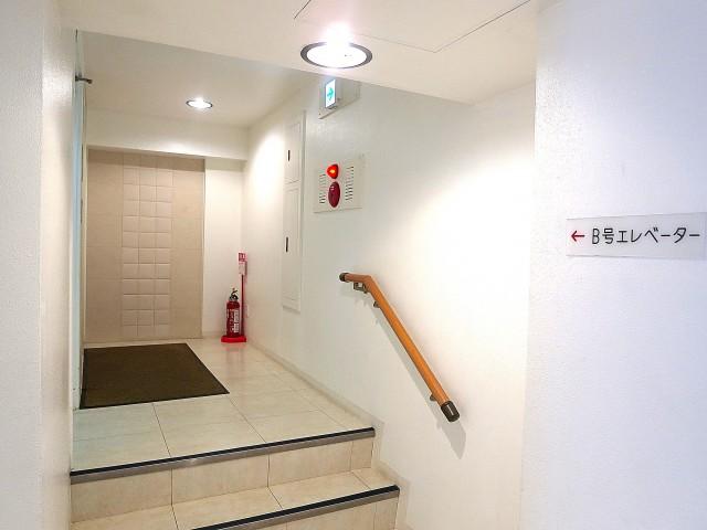 音羽ハウス エレベーターホール