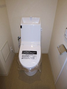 レクセルマンション音羽 ウォシュレット付のトイレ