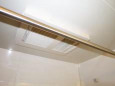 藤和護国寺コープ バスルームには浴室換気乾燥機付307