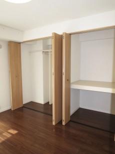 藤和護国寺コープ 約5.2帖の洋室 収納208