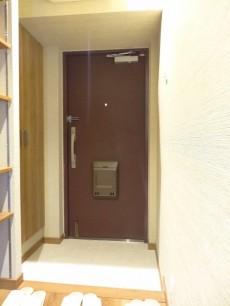 サンマリーナ新子安 玄関ホール407
