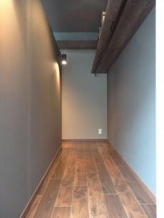 サンマリーナ新子安 収納スペース201