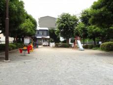 砧フラワーマンション 公園