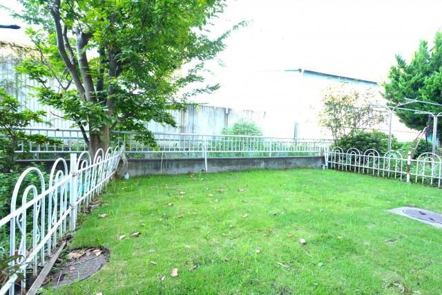 砧フラワーマンション 専用庭
