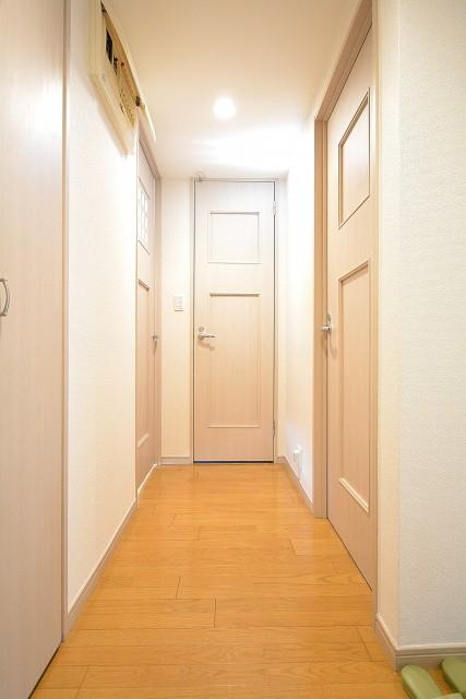 アールヴェール新宿弁天町 廊下301