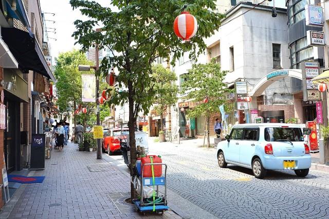 日興パレス南麻布第2 麻布商店街