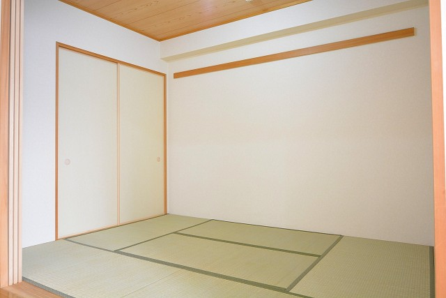 アールヴェール新宿弁天町 約6.0帖の和室102