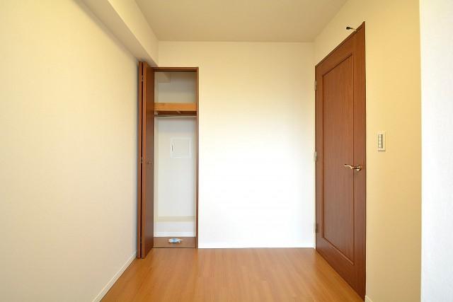 コスモ学芸大学 約4.1帖の洋室