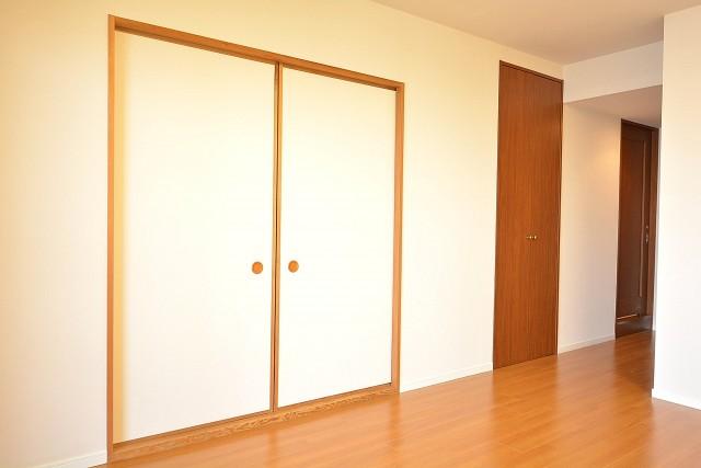 コスモ学芸大学 和室・物入れ・洗面室の扉