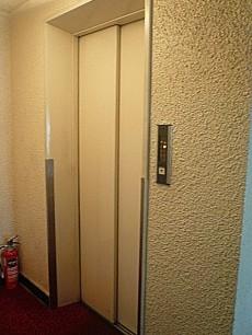 秀和目黒レジデンス エレベーター
