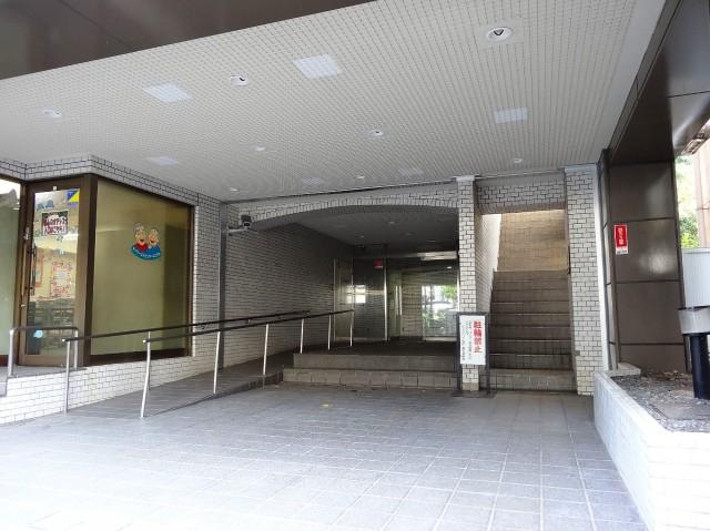 ニックハイム飯田橋 エントランス