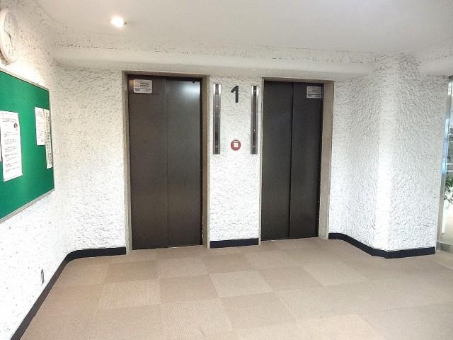 秀和第二南平台レジデンス エレベーター