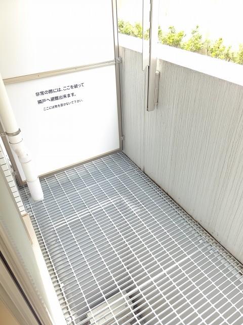 ライズ中野新橋 バルコニー