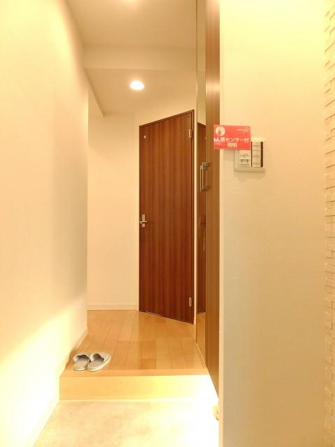 サニークレスト三田 廊下