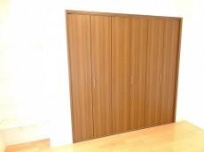 サニークレスト三田 洋室3クローゼット