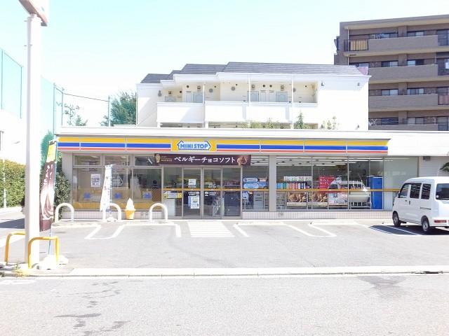 日商岩井方南町マンション ミニストップ