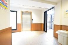 クリオ高田馬場壱番館 エレベーターホール