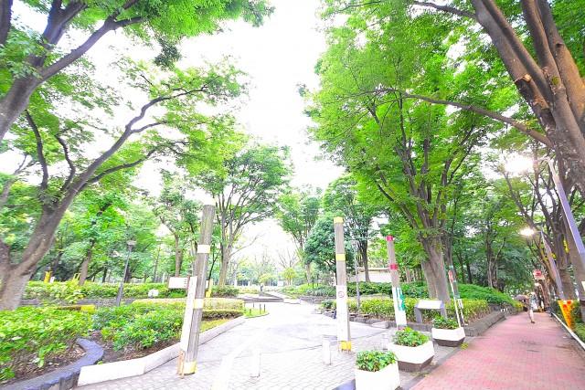 トーカン新宿第2キャステール 新宿中央公園