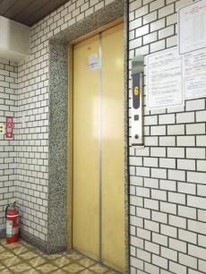 グレース市ヶ谷 エレベーター