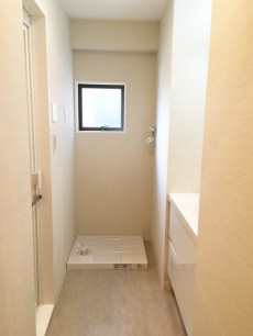 グレース市ヶ谷 洗面室