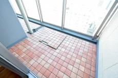 赤坂タワーレジデンス 7.4帖ベッドルームバルコニー