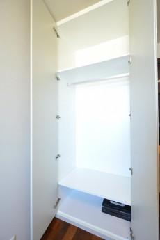 赤坂タワーレジデンス 5.0帖ベッドルーム収納