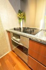 赤坂タワーレジデンス 3.9帖のキッチン設備
