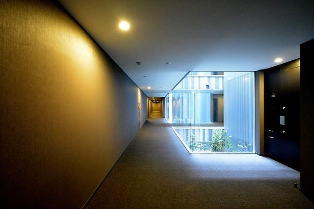 赤城神社・パークコート神楽坂 エントランス廊下