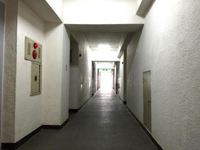 ライオンズマンション駒沢 内廊下