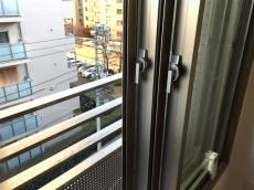 プリンスハイツ飯田橋 洋室約5.2帖二重サッシ