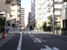 パストラルハイム西蒲田 エントランス前道路